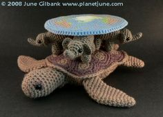 crocheted Discworld by planetjune - there may or may not be a pattern but it's still pretty awesome!