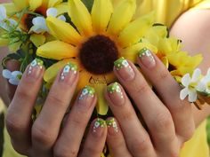 Flower & Dots Nail Design   /   Beauty By Suzi