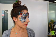 Curso de Maquillaje Profesional en IDIP; clase de maquillaje creativo .  www.idip.com.mx #maquillaje #makeup #creativity #trendy #color #beauty #fashion #glamour