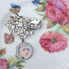 Asymmetrical Crystal Cluster Brooch Memory by MoniquesBijouxStudio