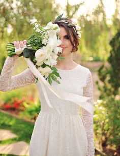 45 Long Sleeved Wedding Dresses for Fall Brides - Wedding Party I quite like this pose for some reason.