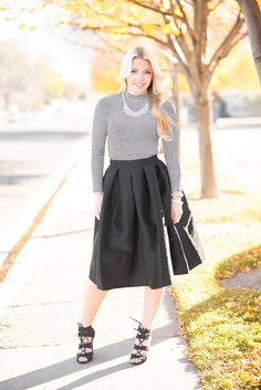 Twist and Twirl! Cutest skirt for Holiday pics or Family pics!
