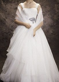 Bridal ivory tulle wrap.  Bridal ivory tulle wrap adds coverage without sacrificing style.   Available in ivory.  Imported.