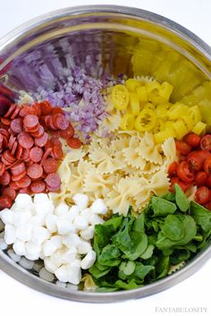 Italian Pasta Salad Recipe – This cold blend of ingredients is amazingly good! L… Italian Pasta Salad Recipe – This cold blend of ingredients is amazingly good! Love the bowtie pasta, and how easy it is! Tortellini, Penne, Pasta Salad For Kids, Easy Pasta Salad Recipe, Make Ahead Salads, Salads For A Crowd, Brunch, Dim Sum, The Menu