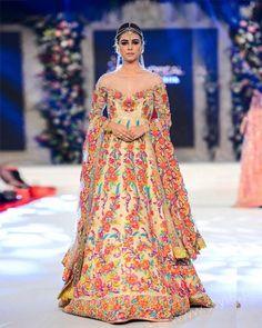 Stylish Pakistani Dresses for Wedding