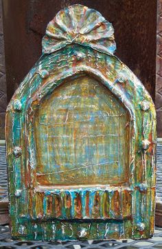 Shrines the artist makes out of cardboard, using hot glue, aluminum tape, and paint for texture. esp like the sense of palimpsest (ghost of a saint) Home Altar, Mexico Art, Assemblage Art, Mexican Folk Art, Religious Art, Altered Art, Art Projects, Creations, Artist