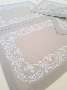 Cross Stitch Borders, Cross Stitch Designs, Cross Stitching, Cross Stitch Patterns, Sewing Stitches, Sewing Patterns, Hand Embroidery, Embroidery Designs, Cross Stitch Silhouette