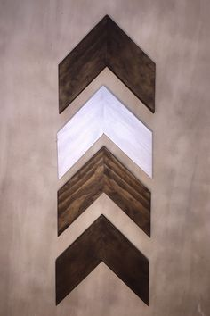 Set of 4 Small Wood Chevron Arrows. Wood Arrow Wall Art. Chevron Home Decor. Modern Wood Chevron Arrows. Rustic Wood Chevron Arrows by ModernRusticBoutique on Etsy https://www.etsy.com/listing/224495889/set-of-4-small-wood-chevron-arrows-wood