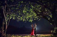 The sight of lovers feedeth those in love.  Photographer : Shark Jiang | SJ Wedding | Taipei, Taiwan
