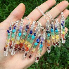 CHAKRA Pendant Necklace Garnet Carnelian by WingostarrJewelry Resin Jewelry, Wire Wrapped Jewelry, Crystal Jewelry, Jewelry Crafts, Jewelry Necklaces, Handmade Jewelry, Beaded Bracelets, Jewelry Roll, Pretty Necklaces