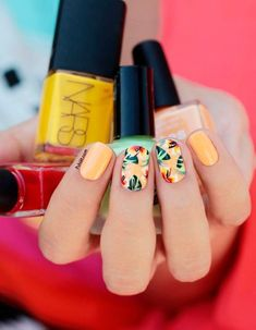 Get inspirations from these cool stylish nail designs for short nails. Find out which nail art designs work on short nails! Fall Nail Art Designs, Cute Nail Designs, Tropical Nail Designs, Tropical Nail Art, Tropical Design, Awesome Designs, Diy Nails, Cute Nails, Trendy Nails