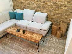 Konferenčný stôl v štýle OLD school nájdete na našom e-shope ☝🏼️✔️🌲💚  ©rebornwsk   ‼️👉🏻Nájdete tu: http://reborn-w.sk/konferencne-stoliky/41-konferencny-stolik-oldies.html  #coffetable #rebornwsk #wood #handmade #woodworking #design #nature #home #interior
