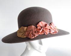 Womens Felt Hat- Fall Fashion- Winter Accessories- 1920s Style Hat- Boardwalk Empire