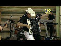 Aparecida Sertaneja   Padre Alessandro Campos toca sanfona - 14 de Outub...