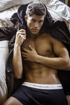 MALE MODELS OF THE WORLD: HE IS GORGEOUS: CHASE MATTSON