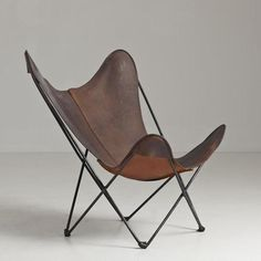 A LEATHER AND STEEL FRAMED CHAIR FOR KNOLL 1970S