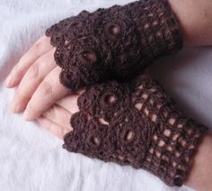mittens @Joanne Hunter Pelham I think these are going to be in your future!