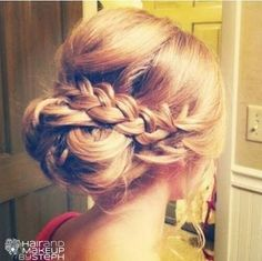 up hairstyles for brides - Поиск в Google