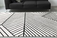 GOOD WAY Collection The optical labyrinth effect of this composition is organised around many areas and volumes. The highlighted lines take over the space by creating illusory perspectives. A real trompe-l'oeil rug edited by Serge LESAGE ! Tapis Design, Lesage, Branding Design, Organization, Collection, Rugs, Modern, Pattern, Carpets