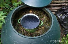 Riihivilla, Dyeing with natural dyes: About organic indigo vats Orgaanisista indigokyypeistä