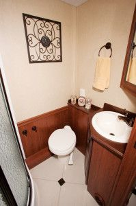 The Berkshire 390 BH bathroom comes with two shower options.