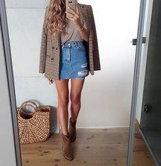 Inspiration : Love this style tojajoanna … Trendy Outfits, Fall Outfits, Fashion Outfits, Fashion Trends, Fashion Clothes, Style Fashion, Moda Vintage, Zara Fashion, Vogue