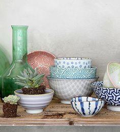 Tokyo Design Studio. Piezas de vajilla polivalentes Tokyo Design, Home Living, Miami, Planter Pots, Bloom, Ceramics, Studio, Stylish, Tableware
