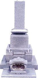 白御影石:和型墓石 最近では少なくなりつつあるスリン加工付きの墓石です。