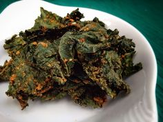 Paleo'ish on a Dime: Cheezy Mustard and Thyme Kale Chips (Paleo / Vegan)