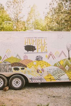Food Rings Ideas & Inspirations 2017 - DISCOVER Sarah Watts art on The Humble Pig food truck Discovred by : Ophelie Mobile Restaurant, Food Vans, Food Truck Design, Vision Quest, Coffee Truck, Food Stall, Outdoor Food, Restaurant Branding, Food Places