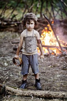This would be a good setup a the lost boys photo shoot Sibling Photo Shoots, Boy Photo Shoot, Lost Boys Costume, Boy Costumes, Toddler Fashion, Boy Fashion, Fashion Photo, Boy Pictures, Boy Photos