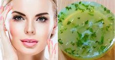 Prepare aloe vera soap at home to get spotless, glowing skin complexion Aloe Vera For Skin, Fresh Aloe Vera, Aloe Vera Gel, Coconut Oil Cream, Vitamin E Capsules, Natural Treatments, Glowing Skin, Whitening, Soap