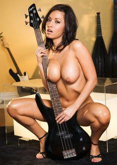 Young guatmola nude ass