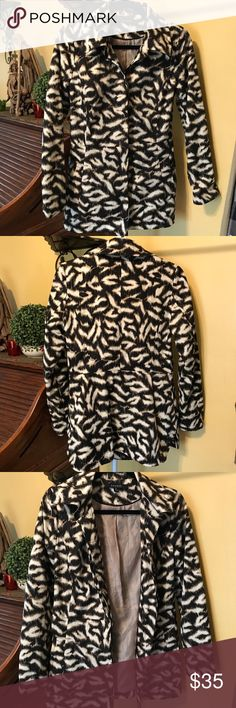 SANDRO STUDIO leopard print jacket 🎀Black brown crem color 🎀Button down  🎀 2 pocket 🎀Excellent pre-owned condition... no holes, no stains, no rips 🎀i love offers, Offer me!!  📦Orders are shipped 🔛24 hrs (except weekends 🚫No trades 🚫No Holds 🚫No model Sandro Studio Jackets & Coats