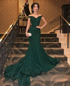 Prom Dress For Teens, Fashion Trumpet/Mermaid Sleeveless Off-the-Shoulder Sweep/Brush Train Ruffles Sequins Dresses cheap prom dresses, beautiful dresses for prom. Best prom gowns online to make you the spotlight for special occasions. Sexy Evening Dress, Mermaid Evening Dresses, Evening Gowns, Mermaid Dress Prom, Trumpet Dress Prom, Green Evening Dress, Evening Party, Mermaid Bridesmaid Dresses, Gala Dresses