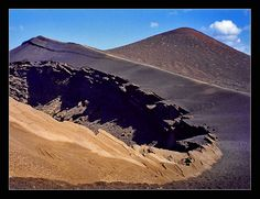 Lanzarote 2 Lanzarote 2 The unusual volcanic grounds of Lanzarote invite you also the islands peace and saturninity urge anyone��_