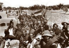 Spain - 1936. - GC -  Zona national -  El ejército nacional terminará por convertirse en una amalgama de fuerzas en la que conviven soldados norteafricanos con ambulancias francesas