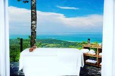 Heavenly massage, heavenly view . . . . . . . . . . . #boutiquehotel #uvita #costarica #bbctravel #worldtravelpics #travelingpost #hotelgoals #travelgram #travelerschoice #luxuryworldtraveler