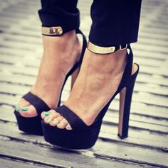 christian louboutin. sexy toes & classy heels.