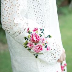 White Chicken Kurta from our #EidCollection #Maisan. Don't miss our exhibition in a week! #Details #3DFlowers #White