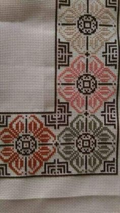 vintage linen embroidered table runner Floral Cross by Retroom Cross Stitch Borders, Crochet Borders, Cross Stitch Flowers, Cross Stitch Designs, Cross Stitching, Cross Stitch Embroidery, Hand Embroidery, Embroidery Patterns, Cross Stitch Patterns