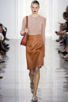 http://www.vogue.com/fashion-shows/spring-2016-ready-to-wear/jason-wu/slideshow/collection