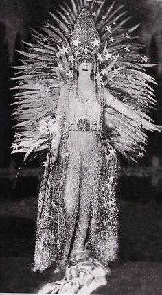 The Marchesa Luisa Casati in a sun costume.
