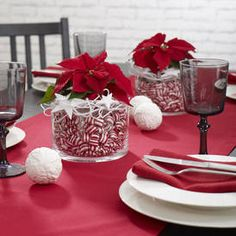 Süße Tischdekoration mit Weihnachtssternen