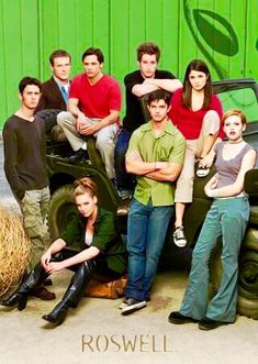 Roswell Ups And Downs, The Cw, Time Travel, Evans, Tv Series, Novels, Drama, Relationship, Film