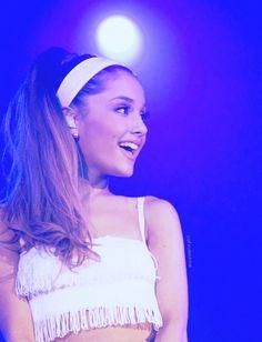 Ariiiiiiiii! <(♥o♥)> So Beautifuuuuuuuul! (♥_♥) The Hair. Oh My Gosssssh! S(OoO)S Loving it! *o* Love Youuuuuuuu! s(*o*)s
