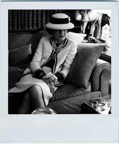 """""""La mode passe, le style demeure"""" COCO CHANEL    http://accessoriati.wordpress.com/4-2/"""