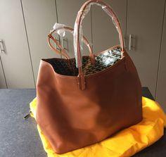 Goyard-Reversible-Bag