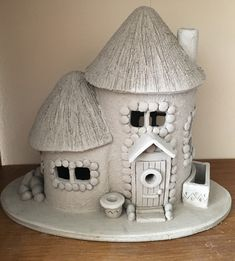 ton Pottery Fairy Cottage A Healthy Guide to Good Nutrition Whether you are at your ideal weight or Clay Fairy House, Fairy Houses, Cardboard Crafts, Clay Crafts, Bottle Art, Bottle Crafts, Pottery Houses, Fairy Crafts, Clay Fairies
