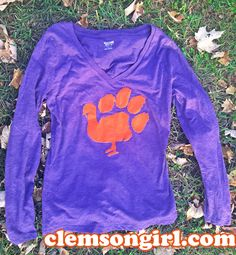 ClemsonGirl.com wishes you and your family a wonderful Thanksgiving.      I created the design above using the software that came with my Si...